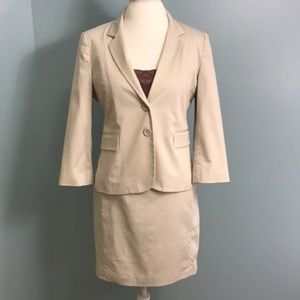 Express Skirt Suit
